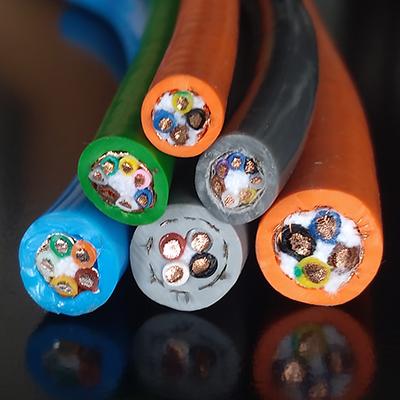 具有良好的耐油性能的特种电缆应用于恶劣条件及特殊环境